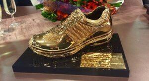 Xsensible stretchwalker gouden schoen